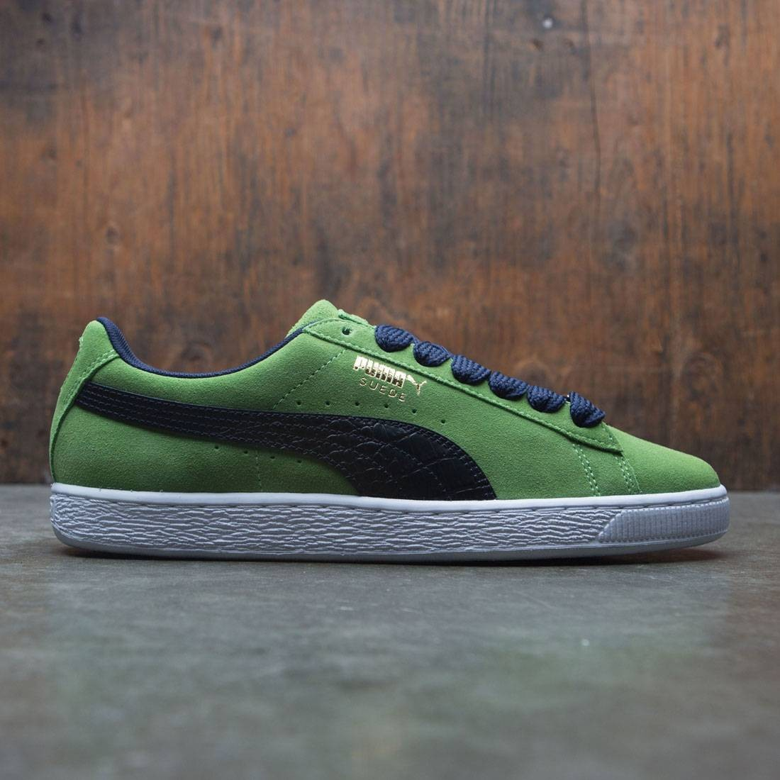 Mens Green Puma Suede Classic Bboy Fabulous Trainers at