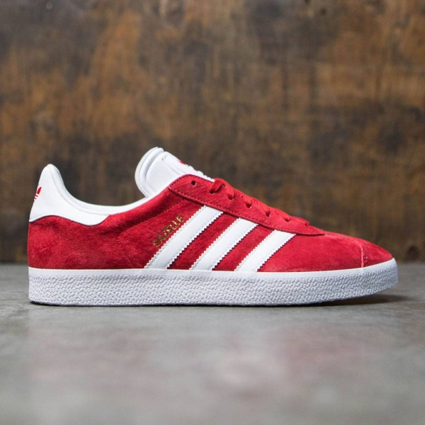 online store 0123e 5ee32 Adidas Men Gazelle red scarlet footwear white gold metallic