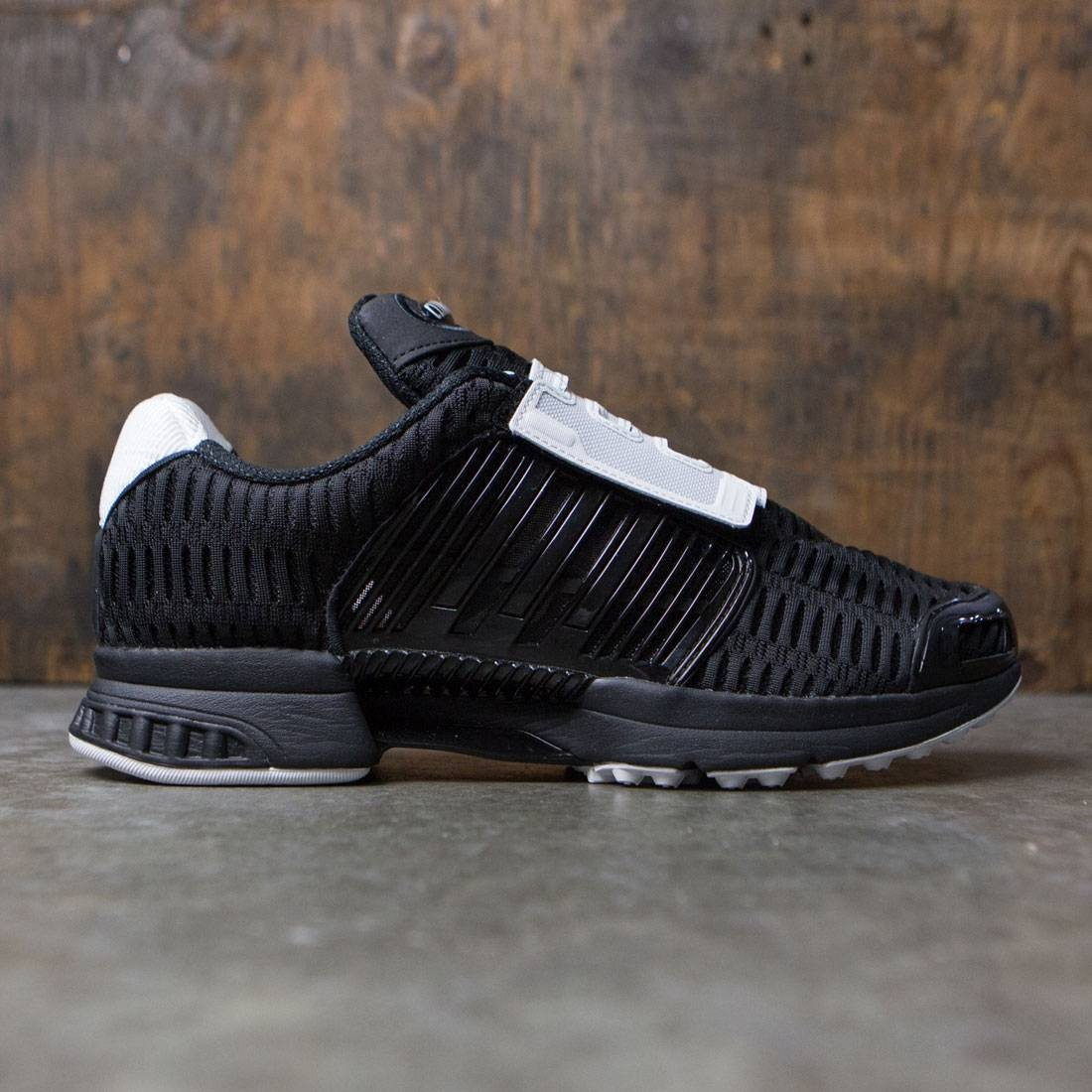 low priced 30fb7 7658f Adidas Men Climacool 1 CMF (black / core black / vintage white)
