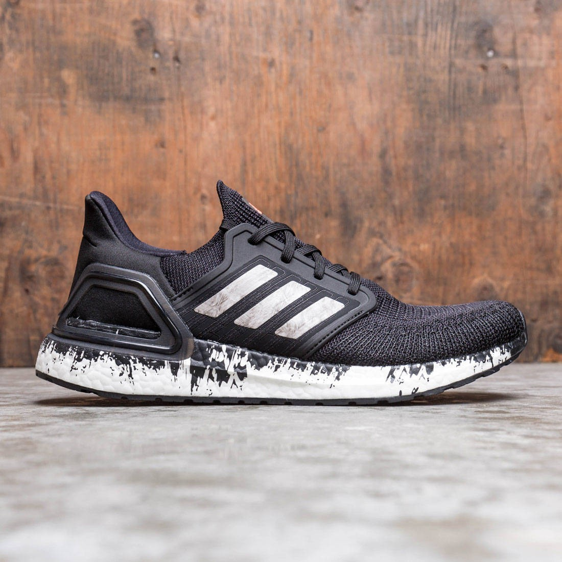 Adidas Men UltraBOOST 20 (black / footwear white / signal coral)