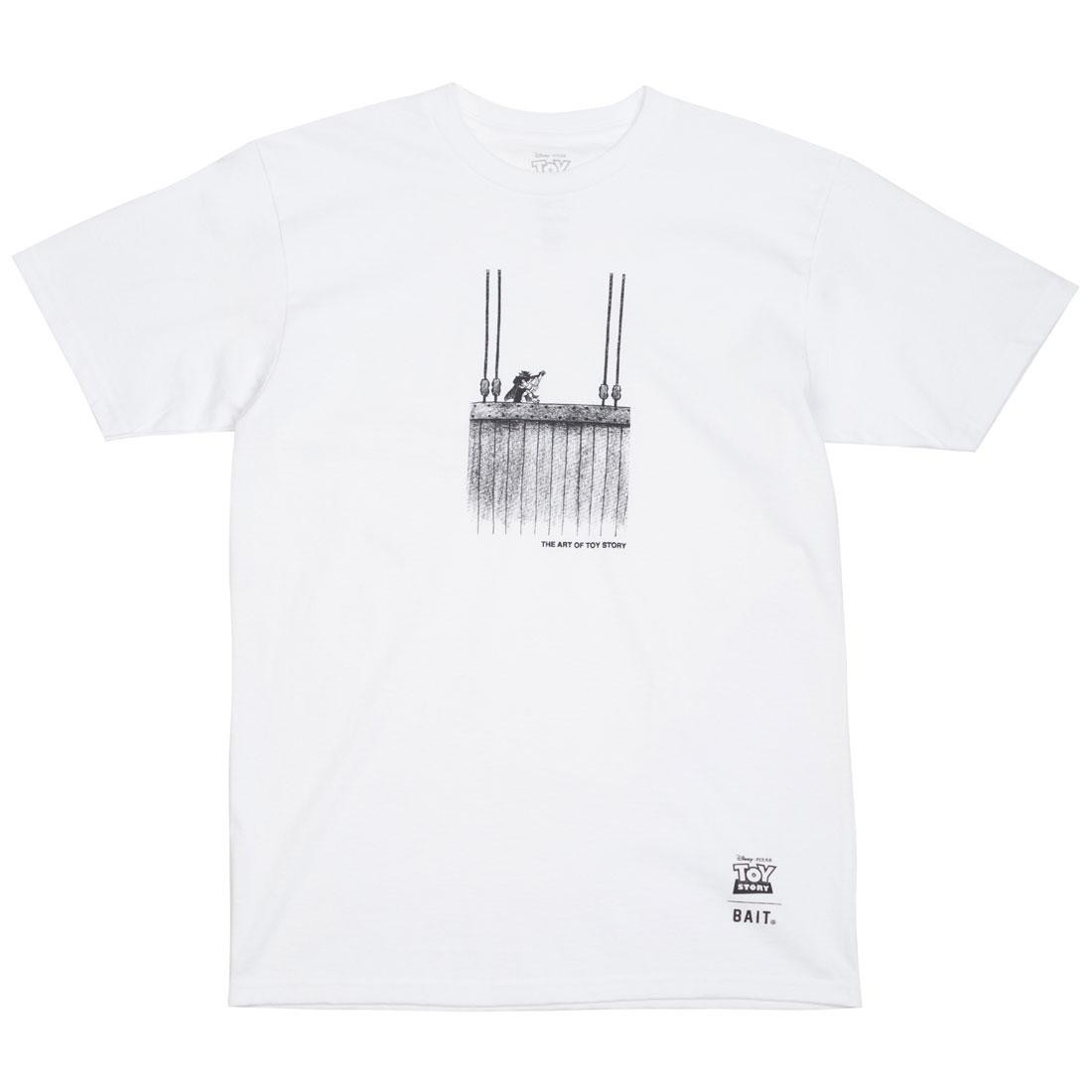 BAIT x Toy Story Men Buzz Vs Zurg Tee (white)