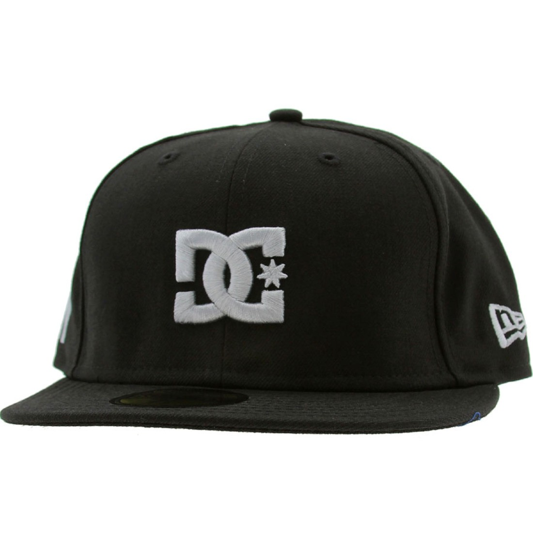 DC The Streets New Era Fitted Cap - New York (black) 3639f3229a7