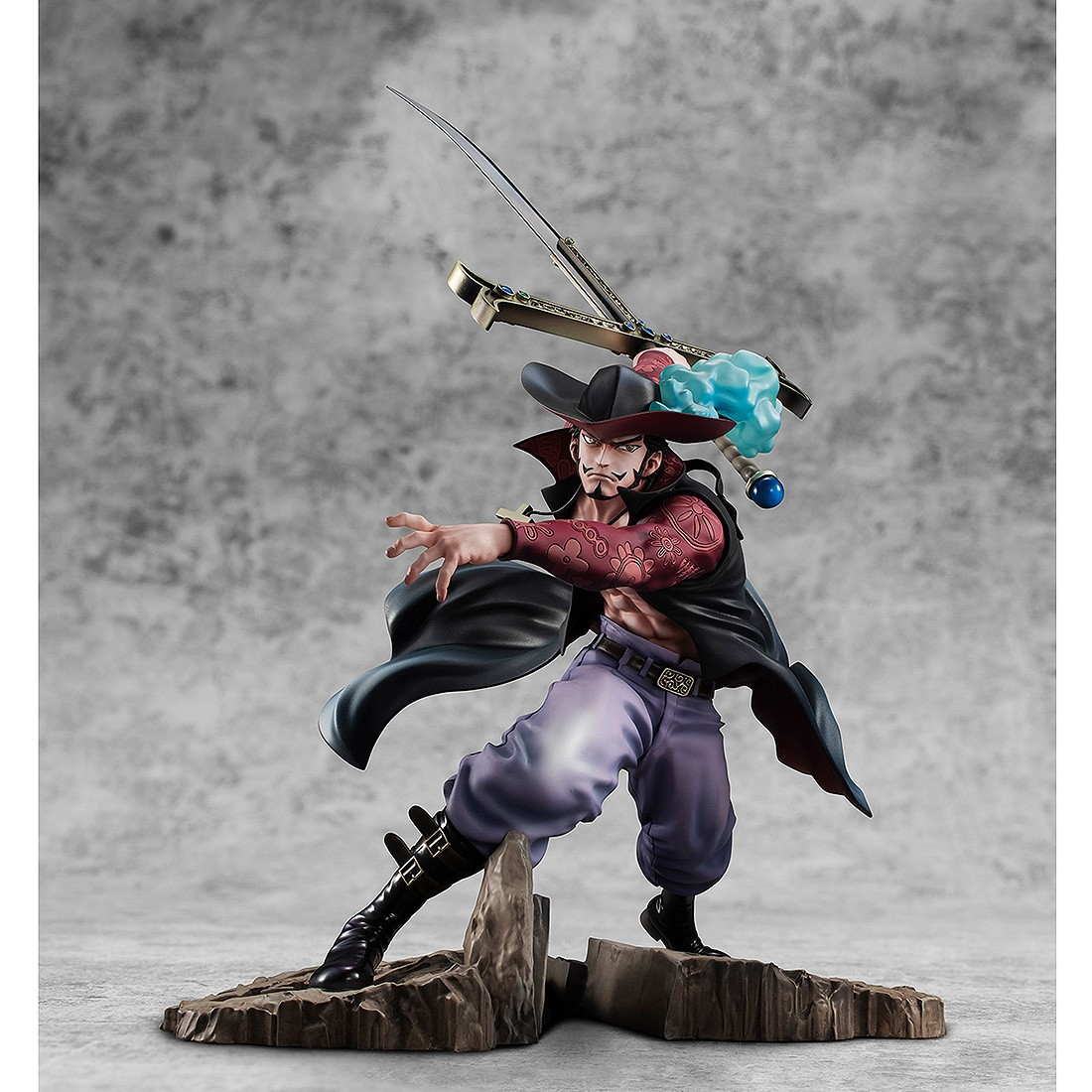 PREORDER - MegaHouse One Piece Portrait of Pirates Neo-Maximum Dracule Mihawk Figure (black)