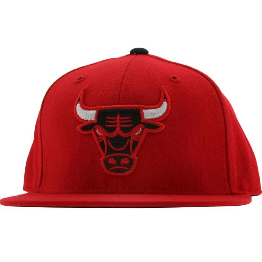 Mitchell And Ness Chicago Bulls Alternate Fitted Cap (red)