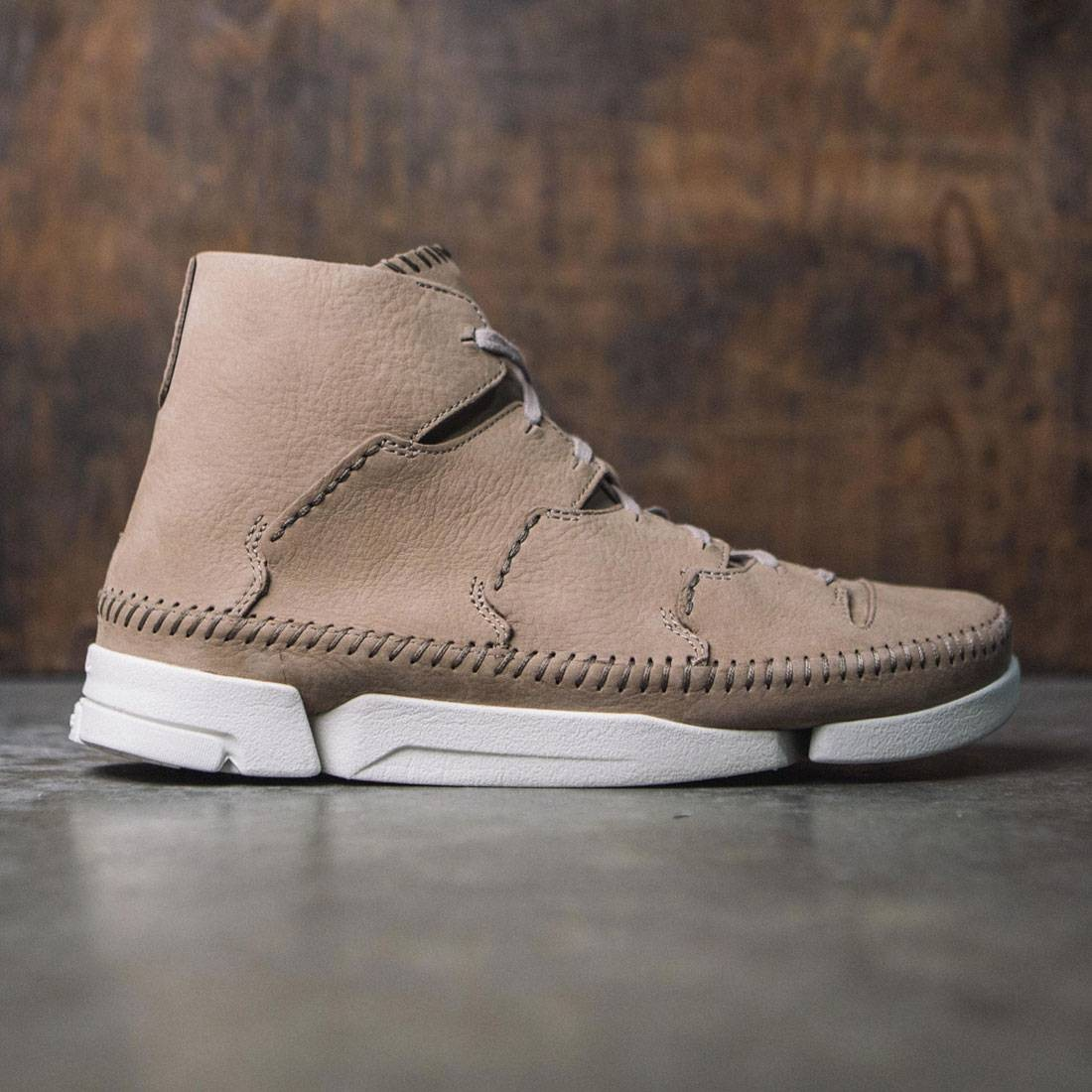 Clarks Men Trigenic Flow Nubuck (brown / sand)