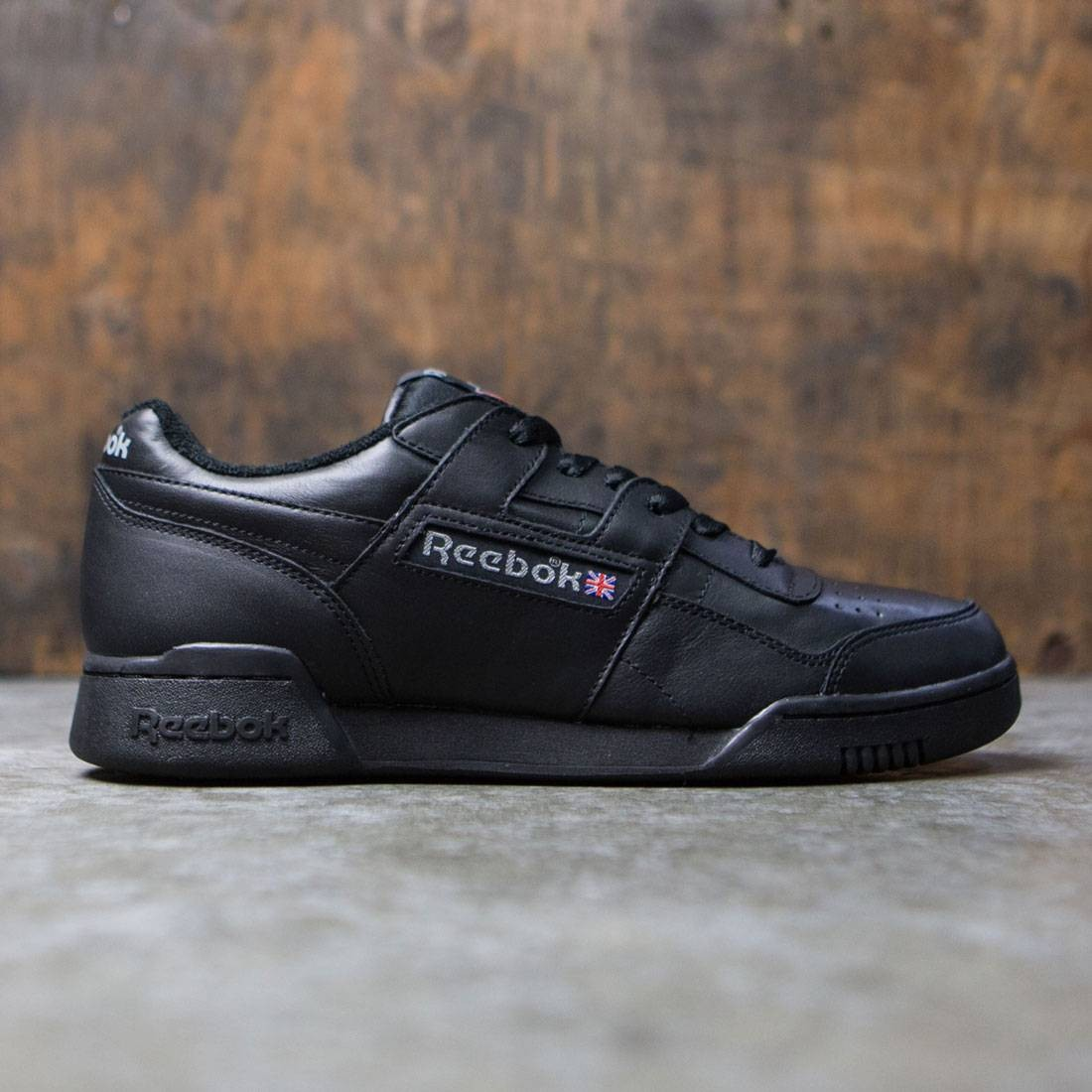 Reebok Men Workout Plus Vintage (black carbon red)