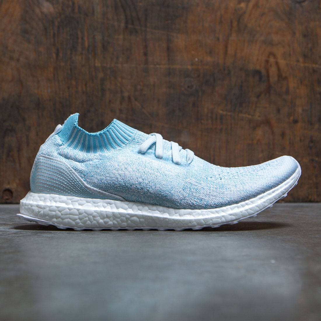 the latest 4361a 5141f Adidas Men UltraBOOST Uncaged Parley (blue / icey blue / footwear white)