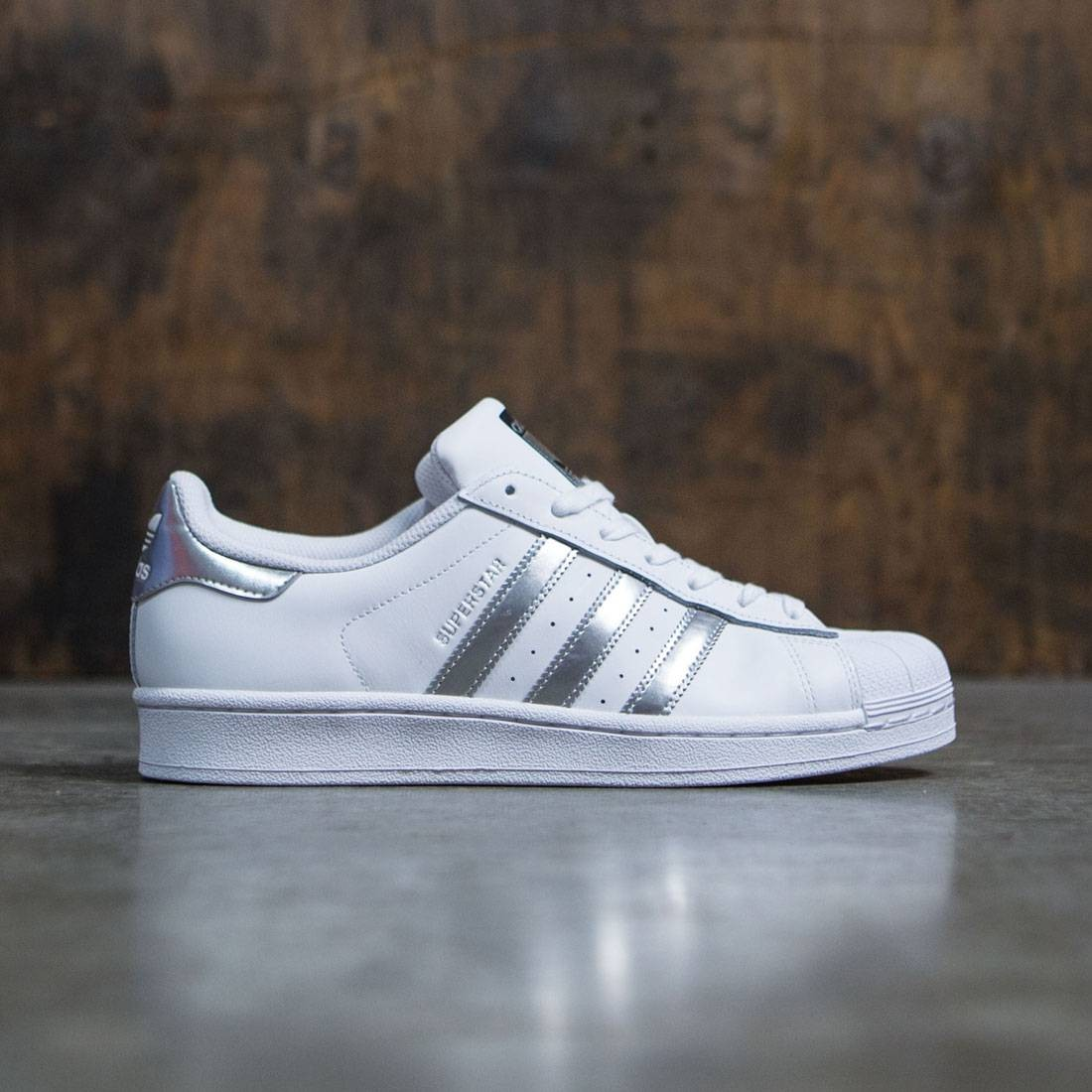 Adidas Women Superstar (white / silver metallic / core black)