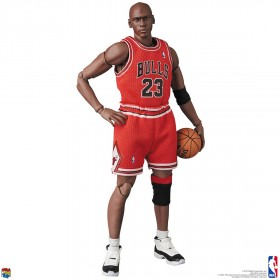 PREORDER - Medicom MAFEX NBA Chicago Bulls Michael Jordan Figure (red)