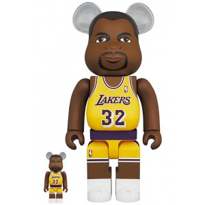 PREORDER - Medicom NBA Los Angeles Lakers Magic Johnson 100% & 400% Bearbrick Figure Set (yellow)