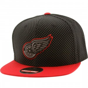 American Needle Detroit Red Wings Star Child Snapback Cap (black / gray / red)