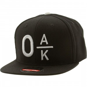 American Needle Oakland Divided Snapback Cap (black / gray)