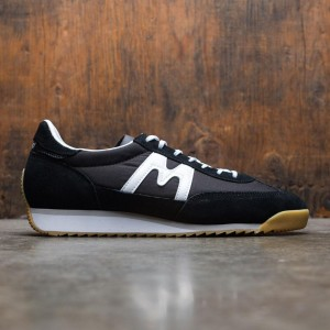 Karhu Men Champion Air (black / white)