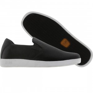 Clae Garvey Slip-on (black perf)
