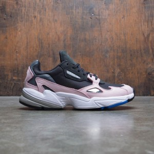 Adidas Women Falcon W (black / core black / light pink)