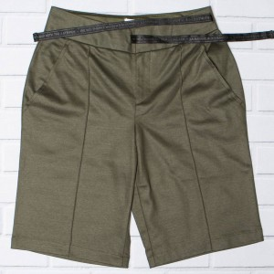 Adidas Women Boxy NMD Shorts (brown / night cargo)