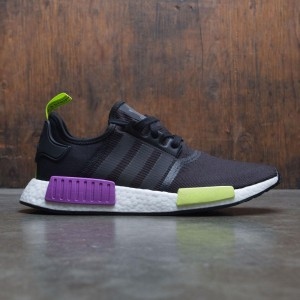 Adidas Men NMD R1 (black / core black / shock purple)