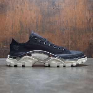 Adidas Raf Simons Men Detroit Runner (black / core black / cream white)