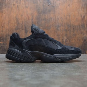 Adidas Men Yung-1 (black / core black / carbon)