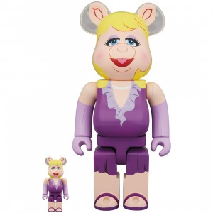 PREORDER - Medicom Meet the Muppets Miss Piggy 100% 400% Bearbrick Figure Set (purple)