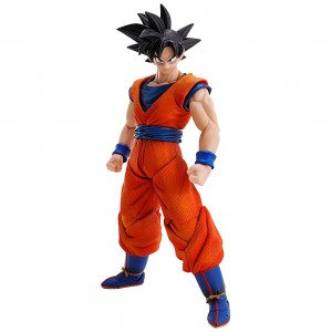 Bandai Imagination Works Dragon Ball Z Son Goku Figure (orange)