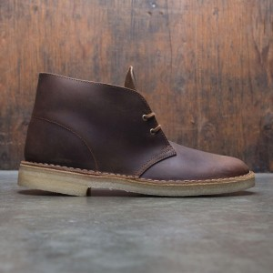 Clarks Men Desert Boot (brown / beeswax)