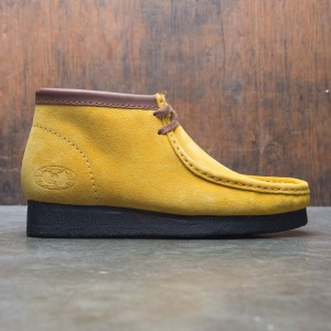 Clarks x Wu Tang Men Wallabee Suede (yellow)
