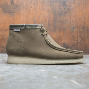 Clarks x Carhartt WIP Men Wallabee Boot (green / suede)