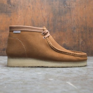 Clarks x Carhartt WIP Men Wallabee Boot (brown / suede)