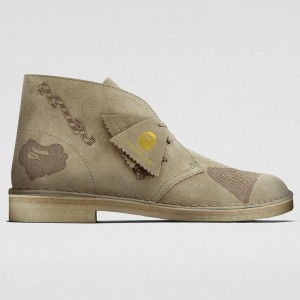 Clarks x A Bathing Ape Men Desert Boot (gray / grey embossed)