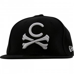 Crooks and Castles Crossbones New Era Fitted Cap (black)