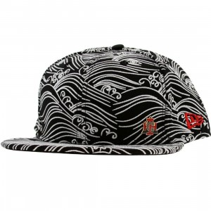 Crooks and Castles Waves New Era Fitted Cap (black)