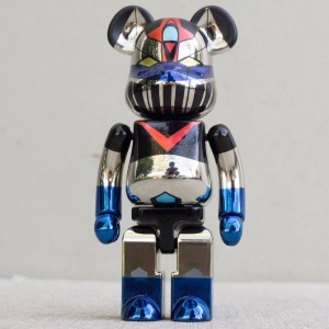 Medicom Super Alloyed Great Mazinger Gold Plated Version 200% Bearbrick Figure (silver)