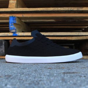 Native Men Monaco Low (black / jiffy / shell white)