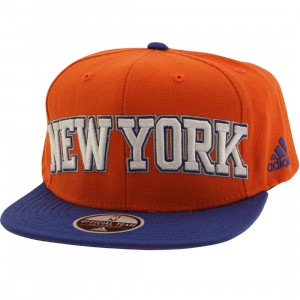 Adidas NBA New York Knicks On Court Snapback Cap (orange / blue)