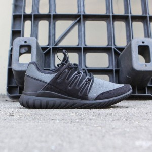 Adidas Big Kids Tubular Radial (black / core black)