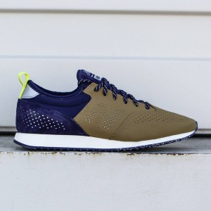 New Balance x Oshman's Men CM600CBP (brown / navy)