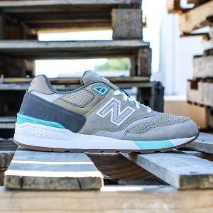 New Balance Men 597 90s Traditional ML597NOC (brown / beach sand / teal)