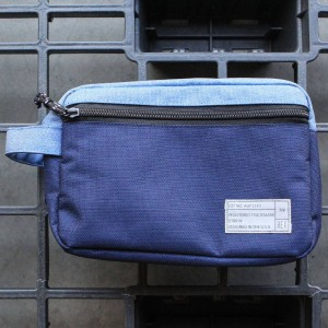Hex Dopp Kit Bag (blue / navy)