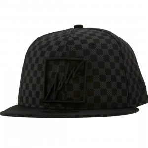 JSLV Checked New Era Fitted Cap (black)