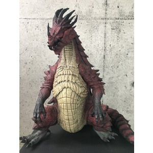 PREORDER - CCP Monster Hunter Lao-Shan Lung Figure (red)