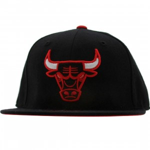 Mitchell And Ness Chicago Bulls Alternate Fitted Cap (black)