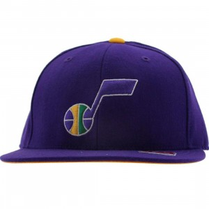 Mitchell And Ness Utah Jazz Alternate Fitted Cap (purple)