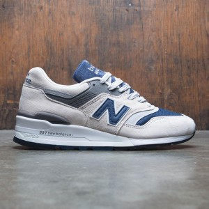 New Balance x J Crew Men 997 Moonshot M997JC2 - Made In USA (tan / navy)