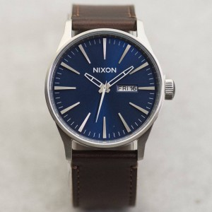 Nixon Sentry Leather Watch (blue / brown)