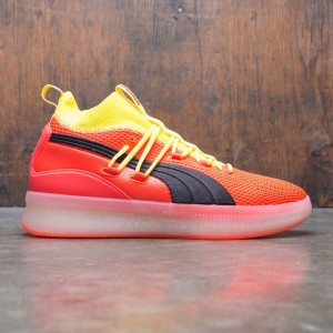 Puma Men Clyde Court Disrupt (red / blast)