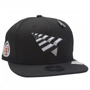 Paper Planes The Crown Snapback Cap - California Love with Pin (black)