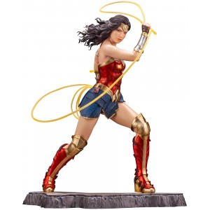 PREORDER - Kotobukiya ARTFX DC Comics Wonder Woman 1984 Movie Statue (red)