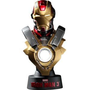 Hot Toys Iron Man 3 Iron Man Mark 17 1/6 Scale Bust Figure (red / gold)