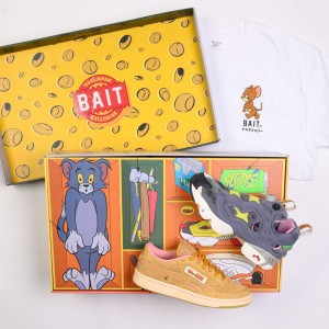 BAIT x Reebok x Tom And Jerry Men Exclusive 2 Shoes Pack (gray / brown)